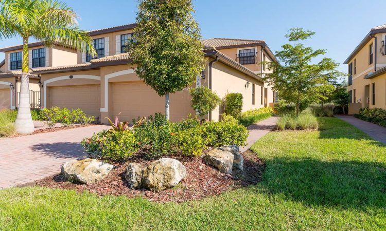 2018 Closing Costs in River Strand Golf & Country Club, Manatee County, Florida